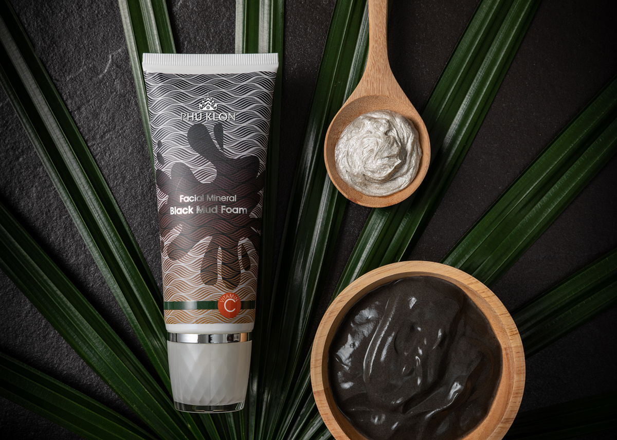 PHU KLON FACIAL MINERAL BLACK MUD FOAM